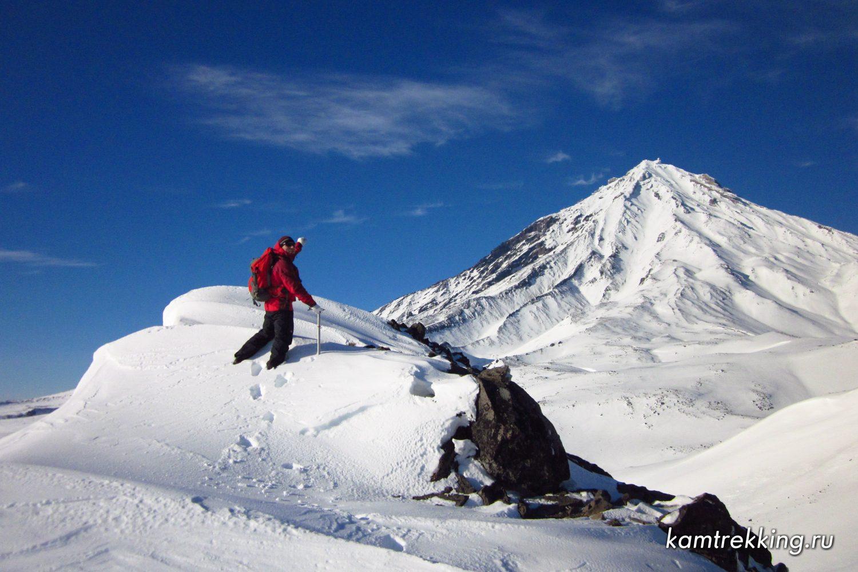подн. Авачинского, гора Верблюд, вид на Корякский (2)