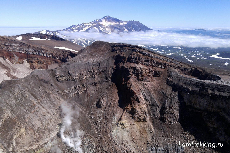 Туры на Камчатку, кратер вулкана Горелый