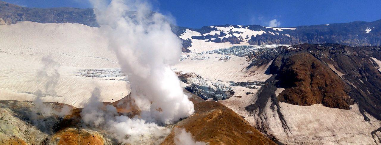 Экскурсии на Камчатке, Мутновский вулкан